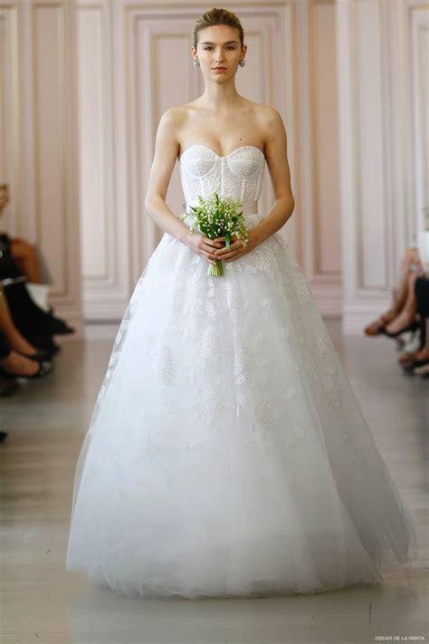 Oscar de la Renta 2016 Spring / Summer Wedding Dresses