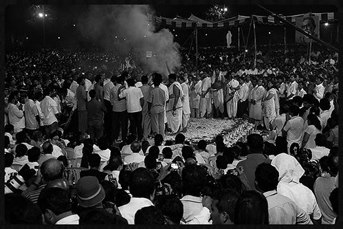 Last Rites Shree Balasaheb Thackeray Shivaji Park -Om Shanti Om by firoze shakir photographerno1