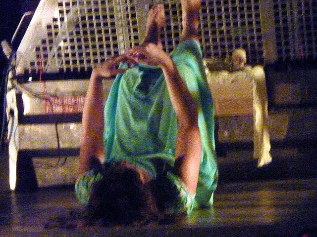 P1120055-2011-06-25-Mint-Gallery-Dance-Truck-Noelle-Stiles--Here-Begins-a-Region-of-Eclipse