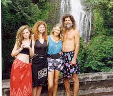 Keith, Kathryn, Joanna and daughter Mia (r to l)