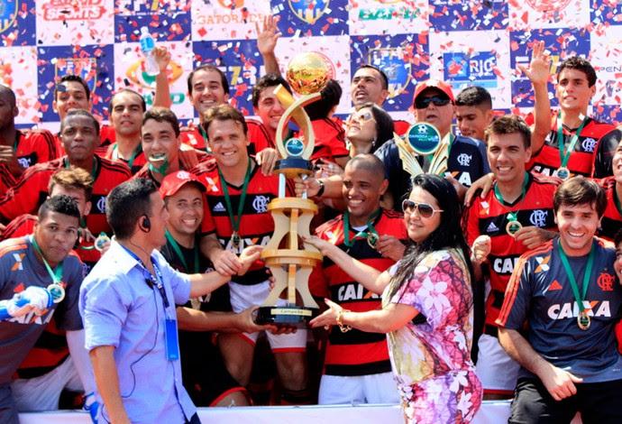 Futebol7 Flamengo x Botafogo final entrega troféu  (Foto: Davi Pereira)