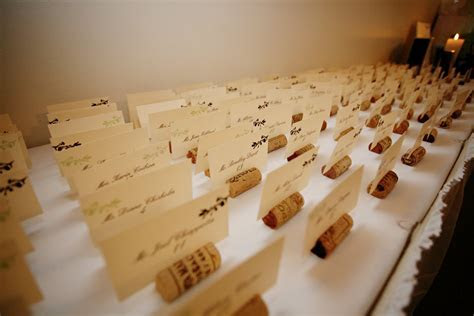 The Savvy DIY Bride: Wine Cork Place Card Holders