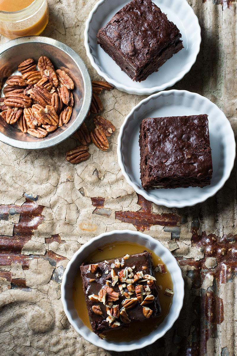 secretsoftheseasons:  Fudgy Vegan Pecan Brownies