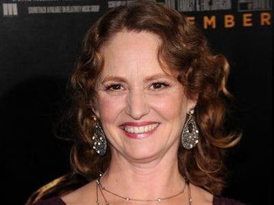 BEST SUPPORTING ACTRESS: Melissa Leo -- The Fighter