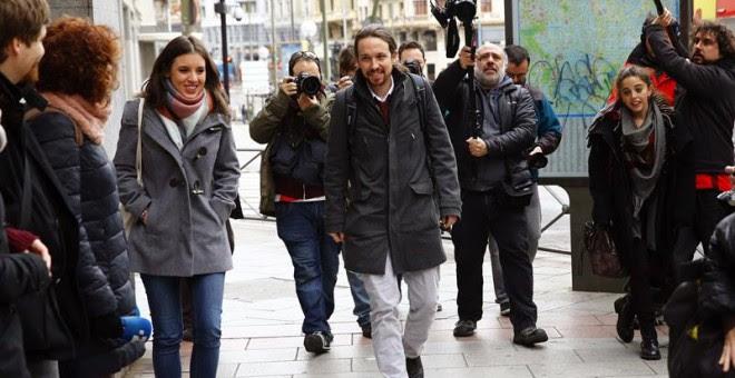 Iglesias, a su llegada este domingo a la sede de Podemos en Madrid. EFE/J.P. Gandul