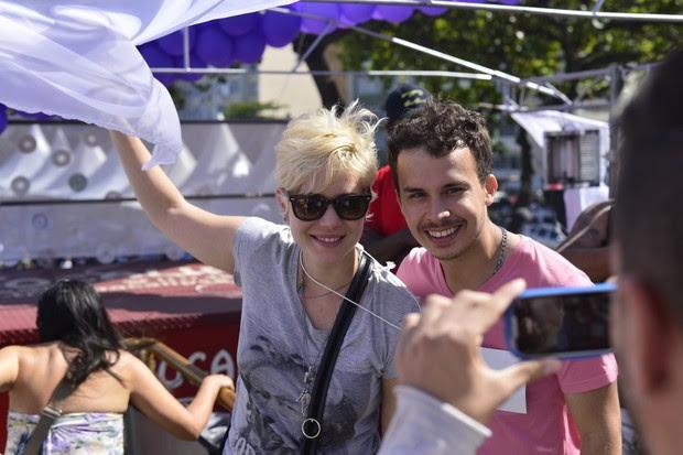 Leandra Leal na Parada Gay, no Rio (Foto: Andre Muzell/AgNews)