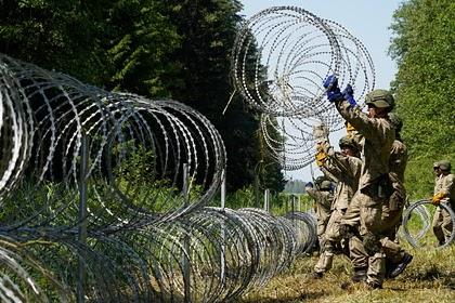 Минск рассказал об игнорировании правозащитниками беженцев на границе с Литвой