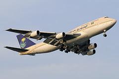 Saudia B747-300