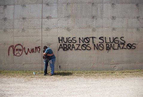 Resultado de imagem para arte no muro entre USA e México
