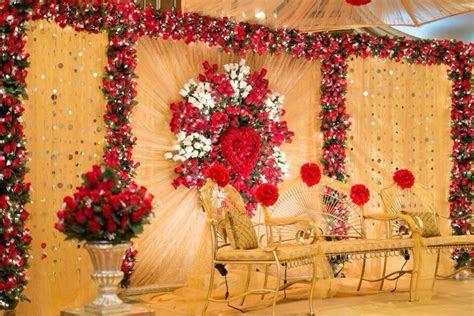 Stage by www.tamannasdecor.com #bride #Bangladeshi #Indian