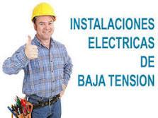 Uniforme de un técnico eléctrico residencial
