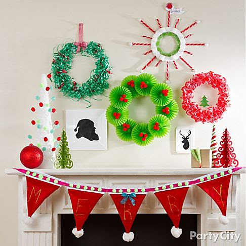For a couple of more DIY Christmas Wreaths check these out.