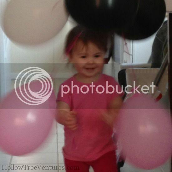 babies love balloons