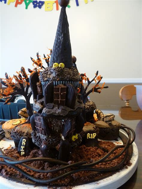 20  Best Ever Halloween Cakes   Page 20 of 30