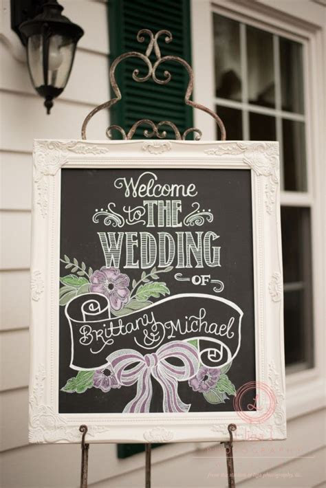Welcome wedding sign by Chalk Shop Events, photo by Liga