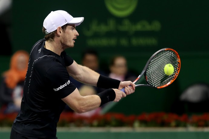 Andy Murray na partida contra Nicolas Almagro pelo ATP de Doha tênis (Foto: KARIM JAAFAR / AFP)