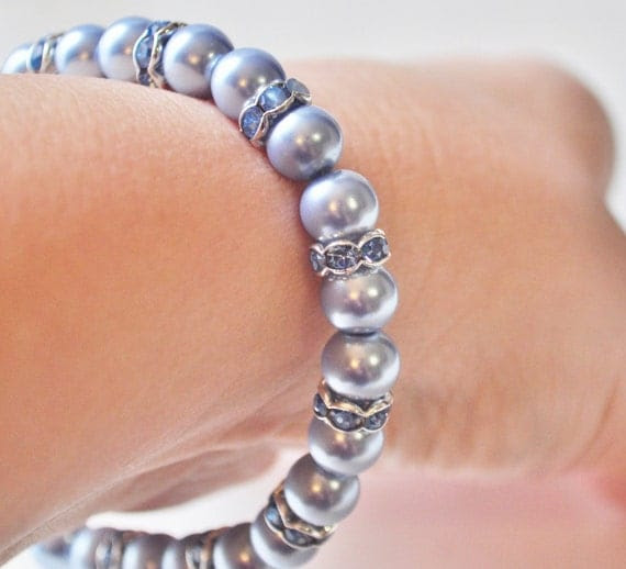 Beautiful blue glass pearl bracelet with cyrstal blue spacers