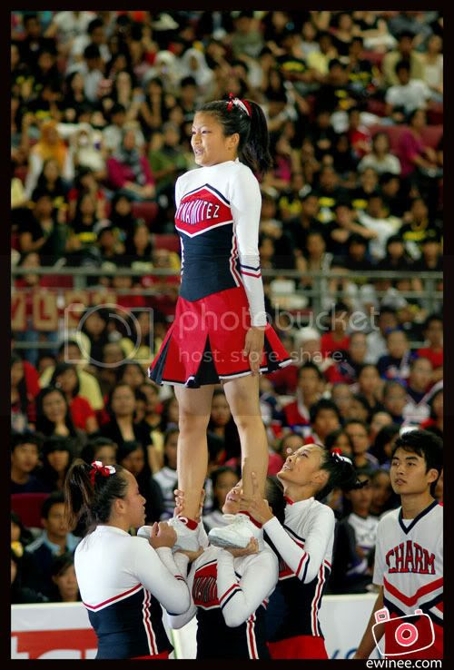 Dynamitez-girl-Cheer-09