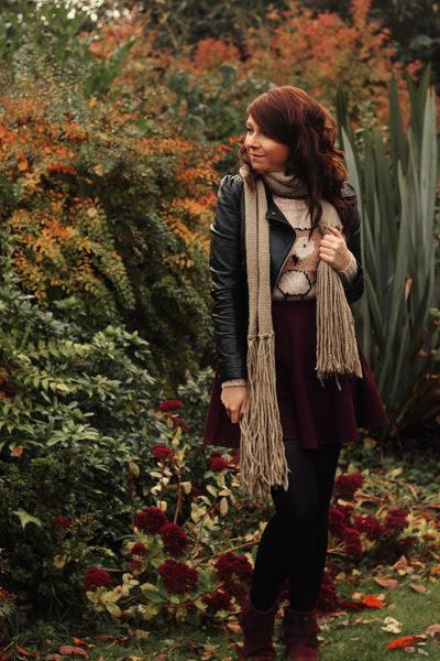 Maroon-minnetonka-moccasins-boots-black-h-m-jacket-neutral-new-look-sweater