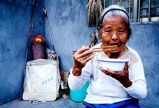 Street Photography: Wrinkled Chopsticks by eyesoftheeast
