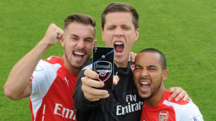 Huawei Ascend P7 Arsenal FC