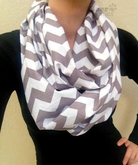 Chevron scarf--I can make this! Look out everyone you are getting this for Christmas