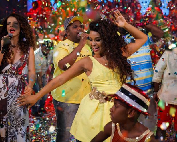 Ju Alves mostra todo o seu samba no pé (Foto: João Pedro Januário / TV Globo)