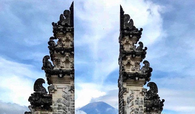 Gates Of Heaven Bali Wallpaper Iphone Bali Gates Of Heaven
