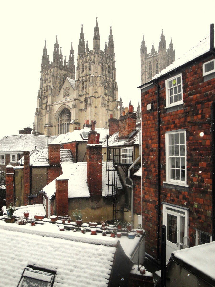 fabulousplaces:  snowy rooftops (Canterbury, England) by Fantastic-Mrs-Fox