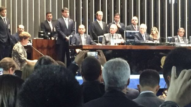 Dilma faz sua defesa diante dos senadores
