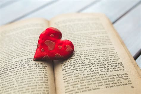 heart love book  photo  pixabay