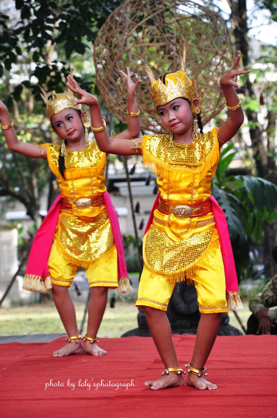 Indonesian Culture 7 by sherlylolytia on DeviantArt