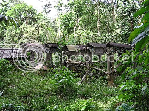 6 Kuburan Paling Aneh Di Indonesia
