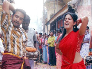 Santhanam Charges 10 Lakhs Per Day