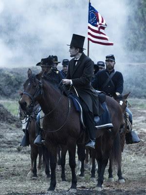 Cena de 'Lincoln', com Daniel Day-Lewis (Foto: Divulgação)