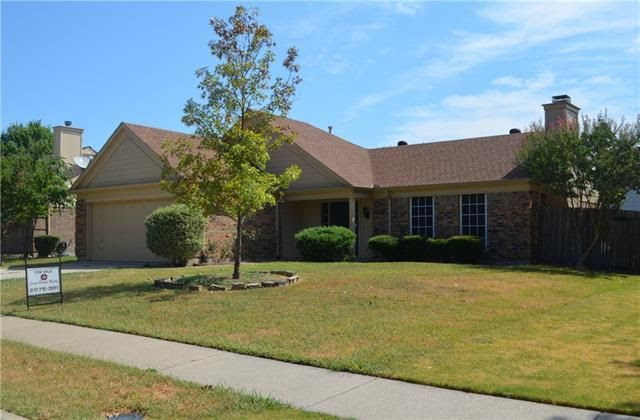 4110 Scotland Dr, Grand Prairie, TX 75052  Home For Sale and Real Estate Listing  realtor.com®