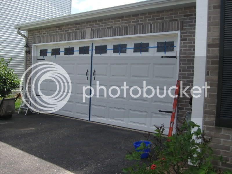 Blogging molly diy carriage garage door for Build carriage garage doors