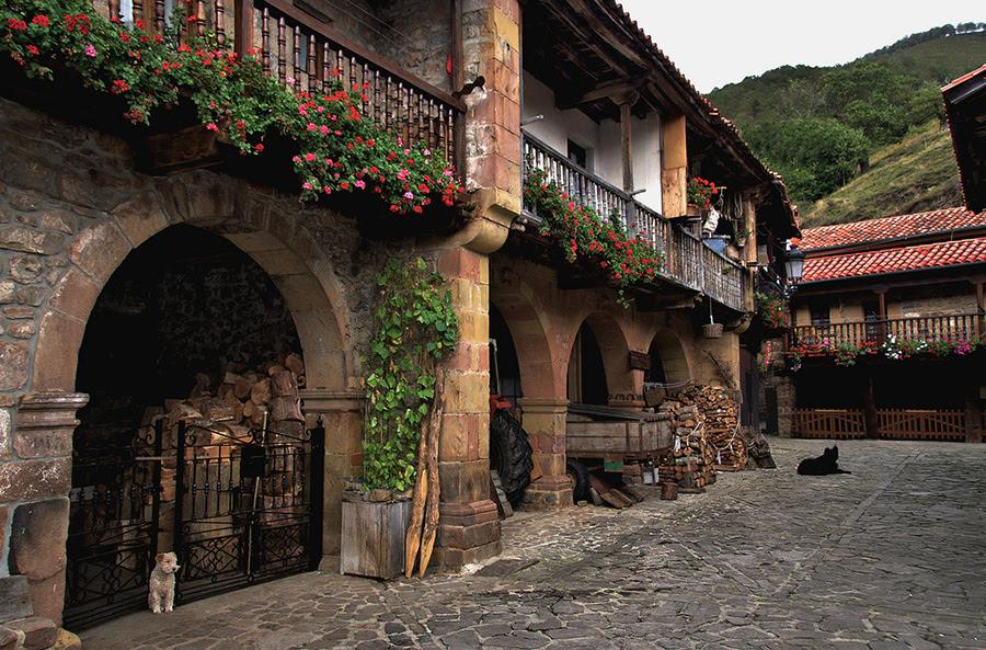 Назад, в лето! Деревня Барсена Майор, Испания