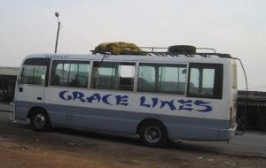 Bus at Boumnyebel