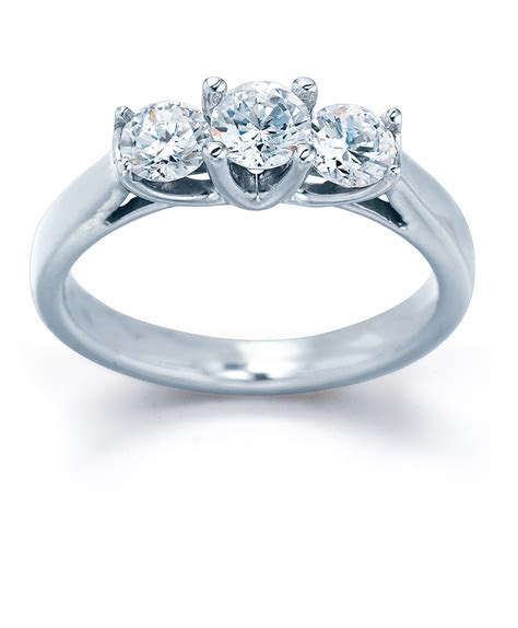 Diamond Engagement Rings at DiamondClassicJewelry.com
