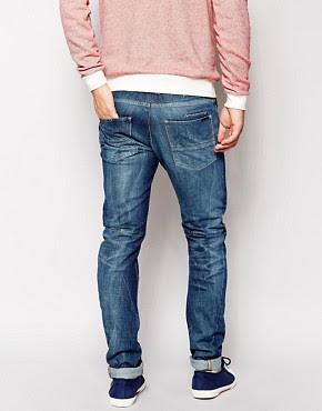 Sisley  Sisley  Jeans carrot fit a lavaggio medio su ASOS