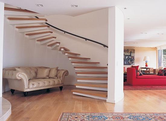 Decoraci n ideas para aprovechar el bajo escalera blogydeco - Decoracion para escaleras ...