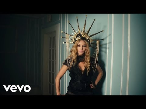 "PAULINA RUBIO PRESENTA EN VIDEO ""SUAVE Y SUTIL"""