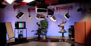 http://www.twohelfer-media.ch/ra_s.htm