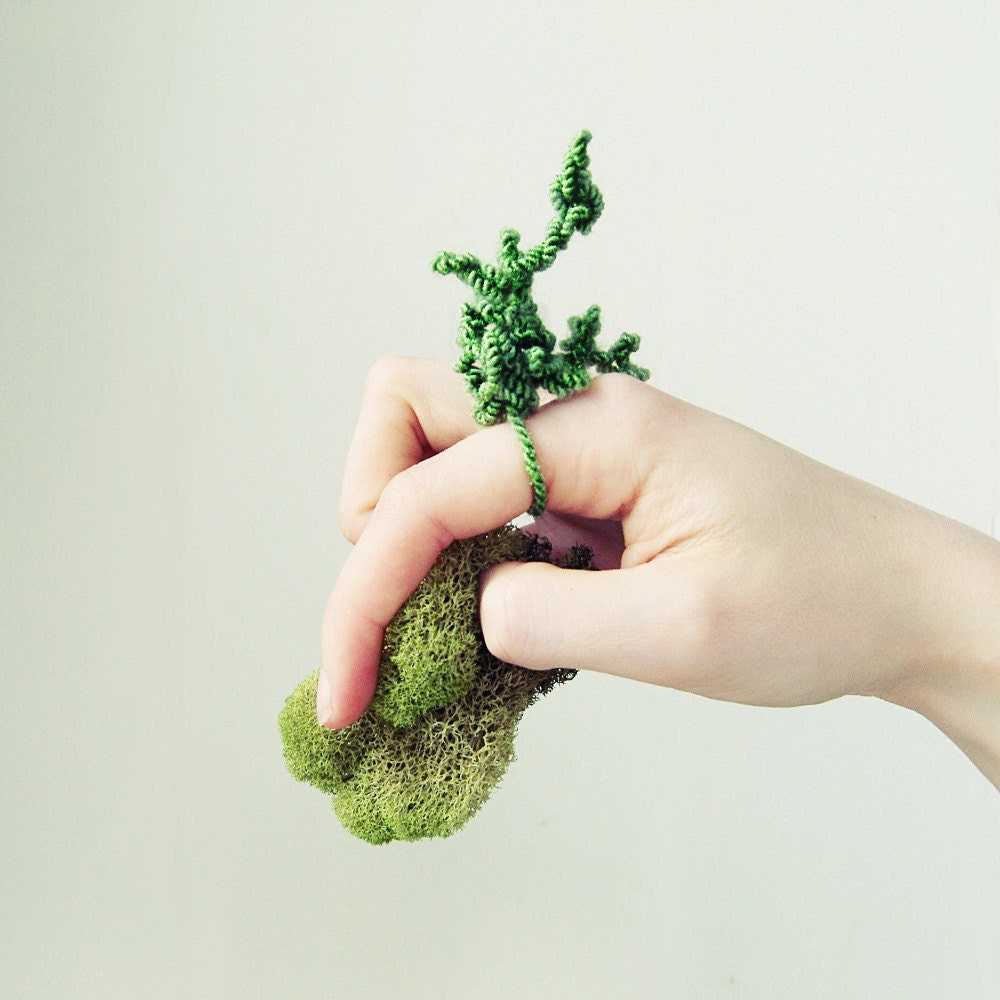 moss ring - textile ring - woodland - coral sprigs in grass green color