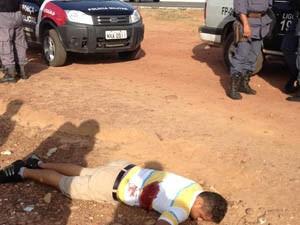 Homem foi morto após tentar assaltar posto de combustível (Foto: Fernando Bernardes)