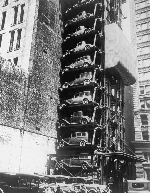perierga.gr - Κάθετο παρκάρισμα των αυτοκινήτων από το 1900!