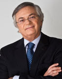 Naím is a distinguished fellow at the Carnegie Endowment for International Peace, where his research focuses on international economics and global politics. He is currently the chief international columnist for <em>El País</em>, Spain's largest newspaper, and his weekly column is published worldwide.