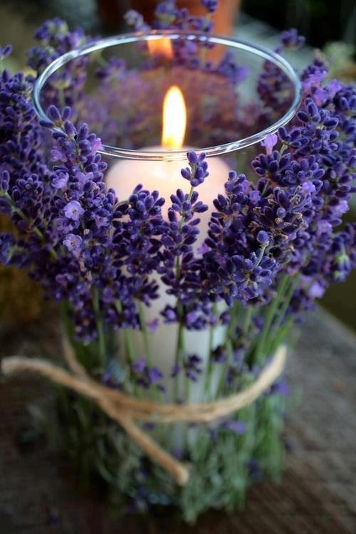 lavender... this is sweat with any little flowers.