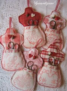 Useful and pretty - good for using up pretty scraps. I love these!